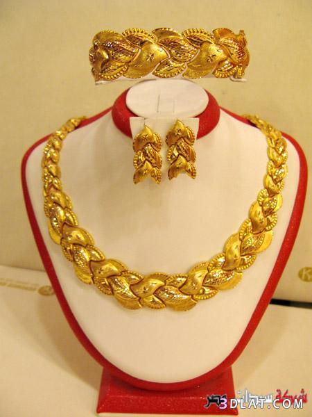صورة طقم ذهب , مجوهرات ذهبية