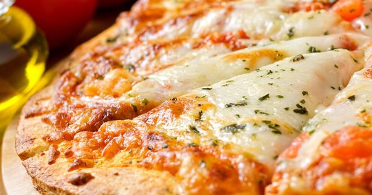 صورة طريقة عمل البيتزا بالصور خطوة خطوة , طرق البيتزا البيتي