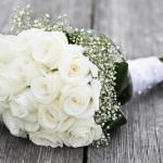 بوكيه ورد ابيض , صور بوكيهات ورود بيضاء ليوم الزفاف