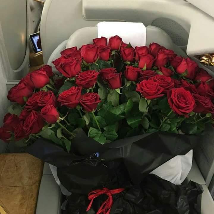 صورة بوكيه ورد احمر , باقة زهور حمراء 5087 8