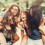 صور بنات اصدقاء , اروع صور للاصدقاء الفتيات