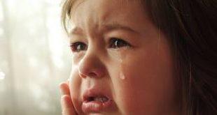 صورة طفلة تبكي , خلفيات بنات صغيره تبكي