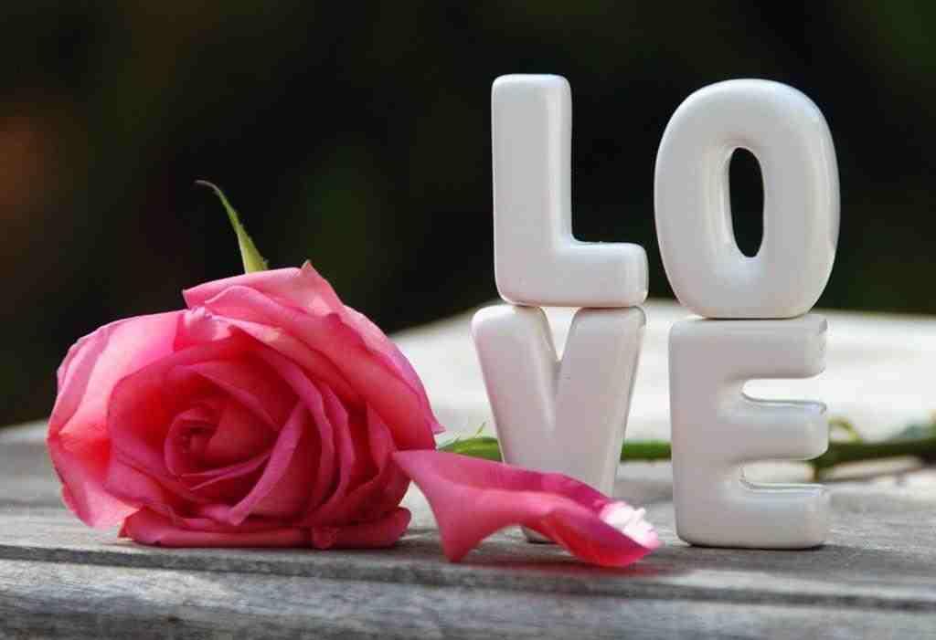 صورة مسجات عشق وغرام , اجمل ماقيل عن العشق والرومانسية