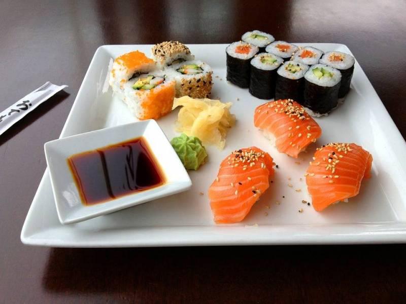 صورة ماهي اكلة السوشي , تعرف على السوشى ببساطة