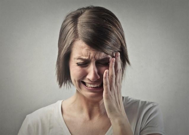 صورة حلمت اني ابكي بشدة , تفسير حلم البكاء الشديد