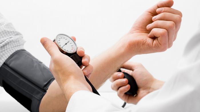 صورة علامات ارتفاع الضغط , اعراض ضغط الدم المرتفع