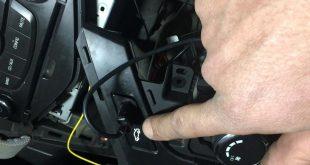 صور طريقة فتح شنطة السيارة بدون مفتاح , ريموت كنترول لفتح شنطة سيارتك